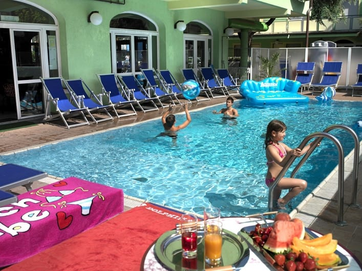 piscina aperta fino ad ottobre