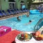 piscina nel residence